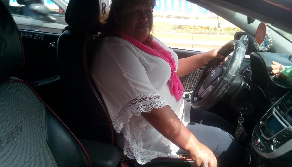 Mujeres taxistas Arequipa