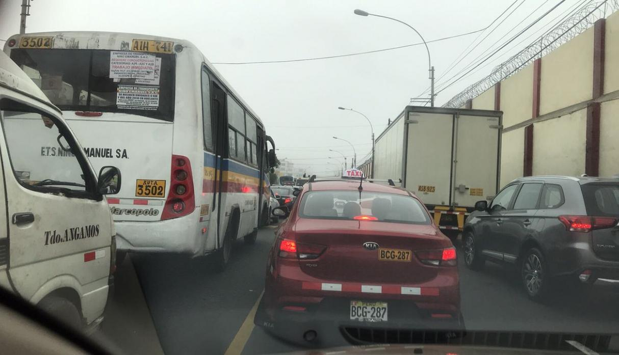 #NoTePases,transporte,carriles