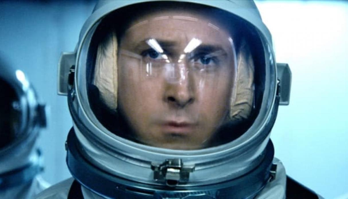 Ryan Gosling interpreta a Neil Armstrong en