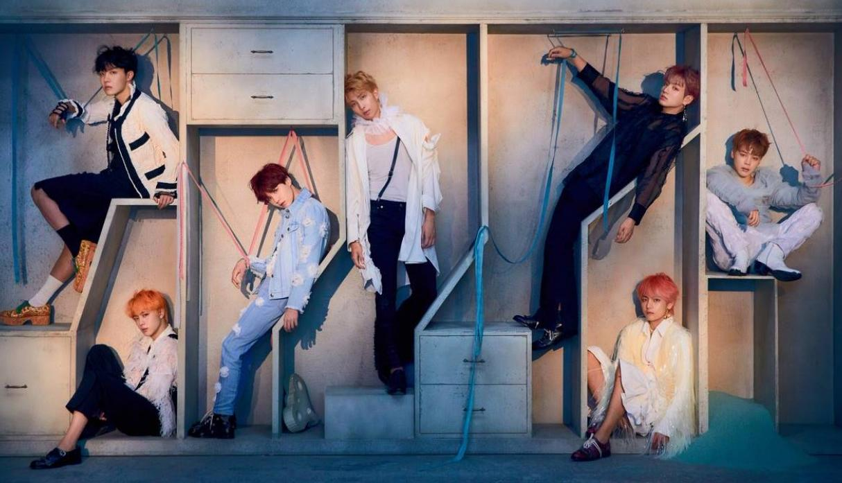 "BTS celebra victoria en Teen Choice Awards con fotos para su nuevo disco ""Love Yourself: Answer""."