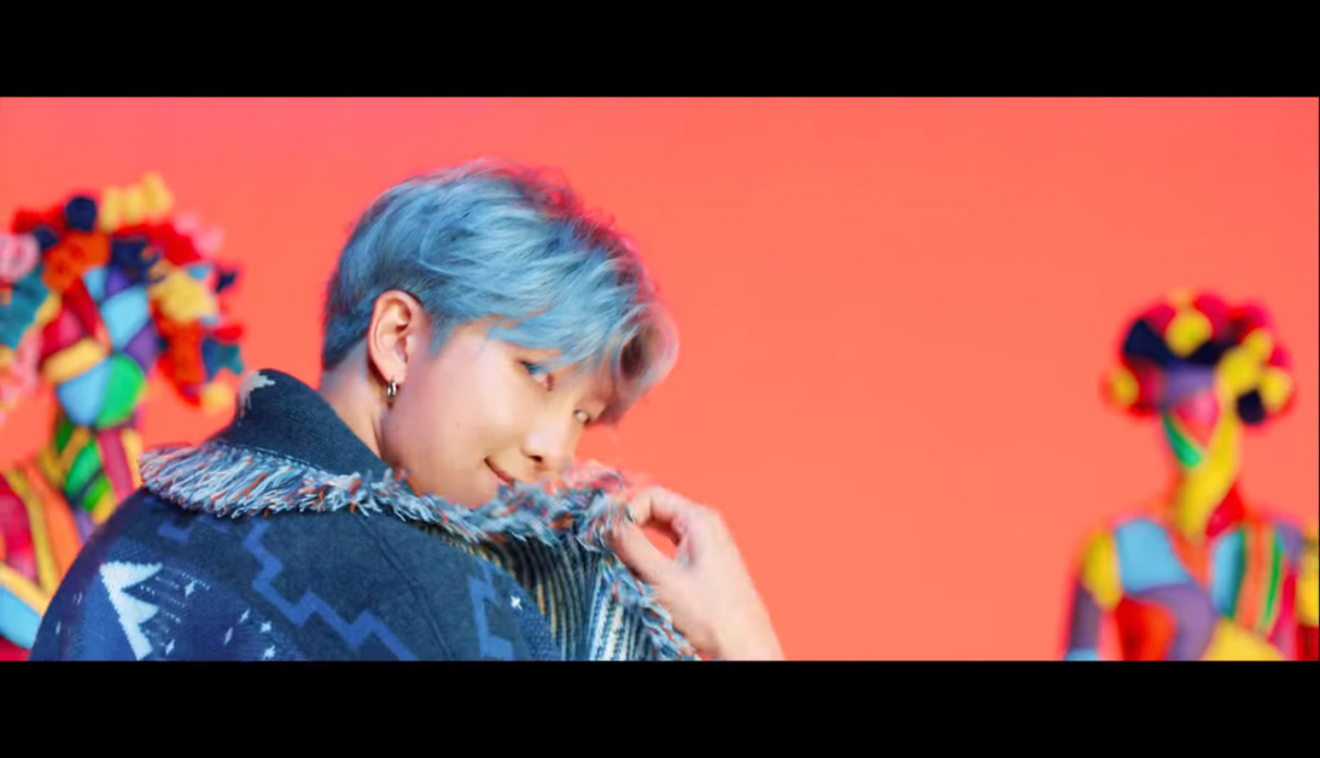 "BTS - ""IDOL"" video"