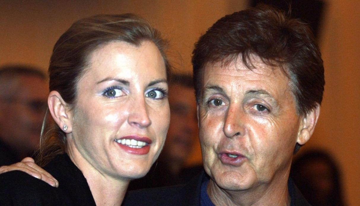 Paul McCartney y Heather Mills