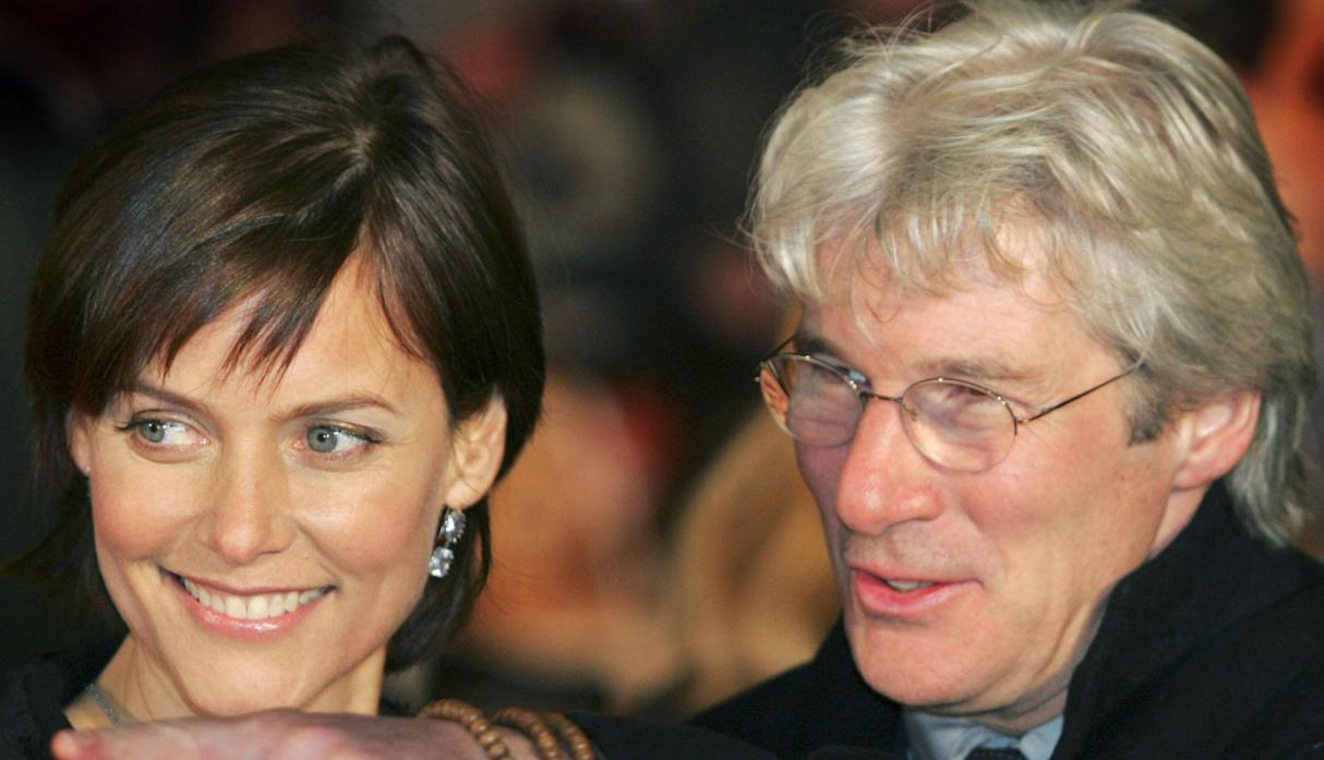 Richard Gere y Carey Lowell