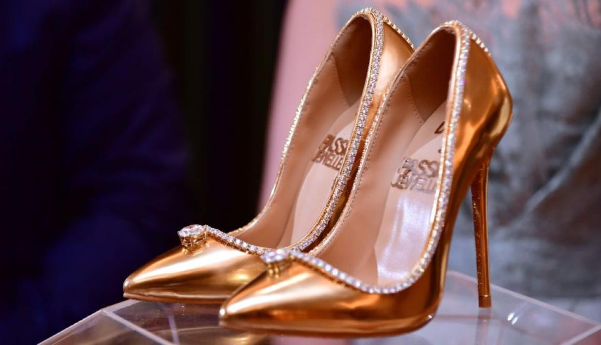 Dubái: Joyero vende zapatos con diamantes por US$17 millones [FOTOS Y VIDEO]