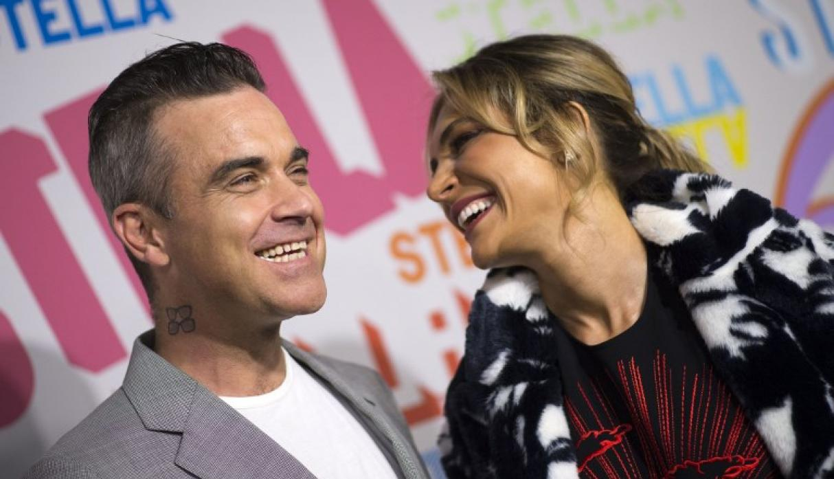 Hija de Robbie Williams con Ayda Field será dama de honor en boda real en el Castillo de Windsor | Foto: AFP
