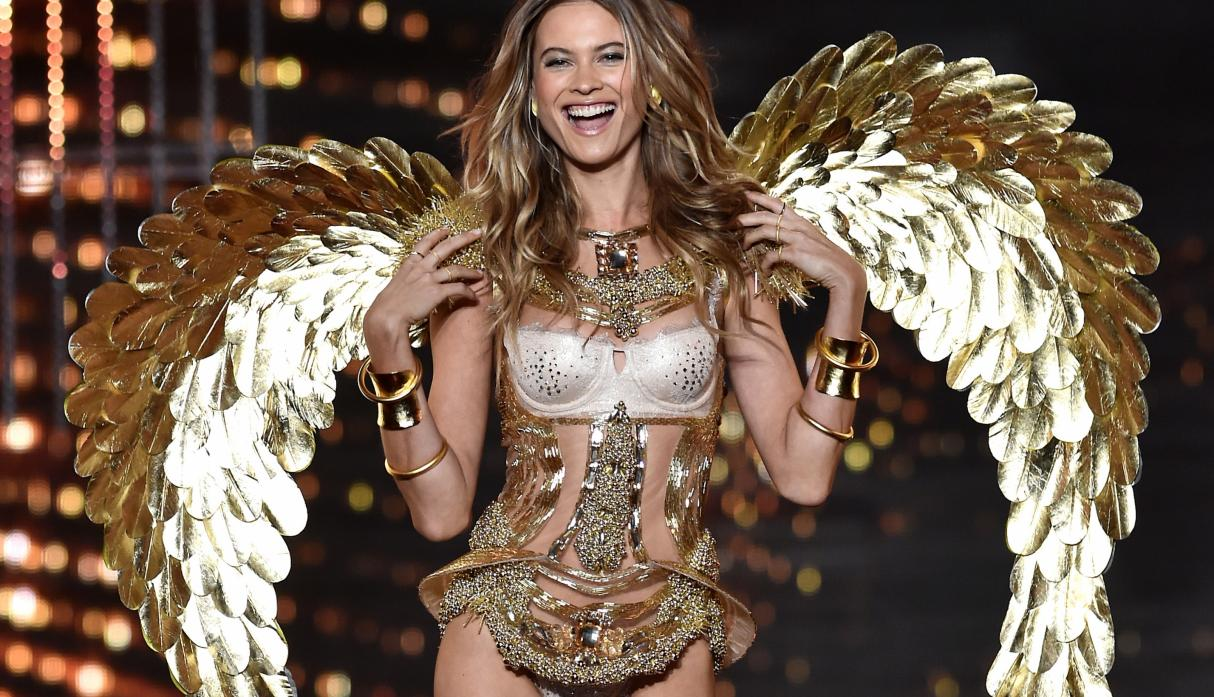 Victoria's Secret Fashion Show Behati Prinsloo