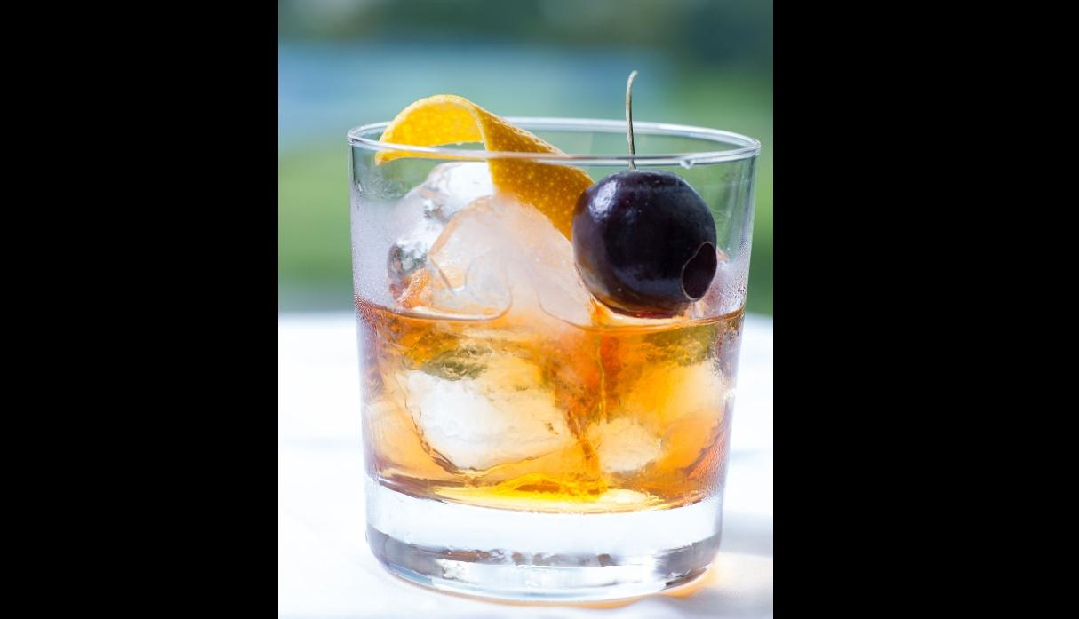 old fashioned, whisky sour