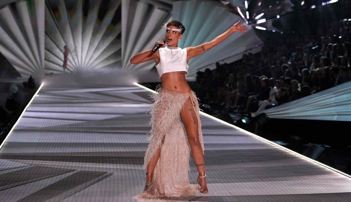 Victoria's Secret Fashion Show: artistas invitados
