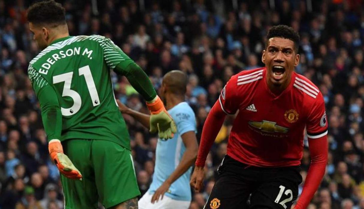 Chris Smalling - Manchester United. (Foto: AFP).