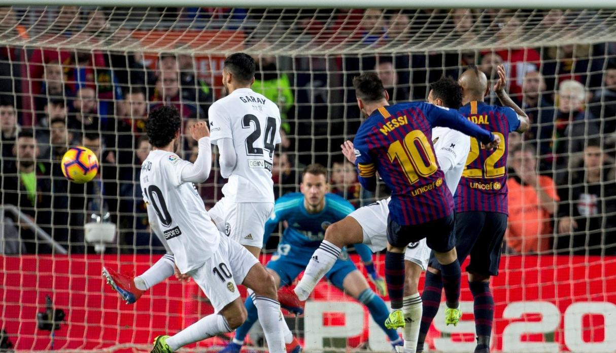 Barcelona vs. Valencia: Messi anotó el 2-2 en el Camp Nou con este descomunal gol.