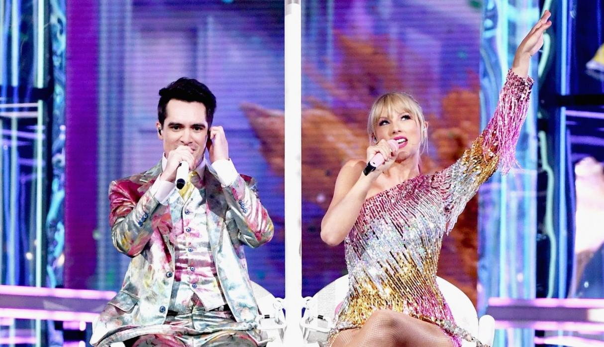Taylor Swift y Brendon Urie abrieron el show de los Billboard Music Awards 2019. (Foto: Agencias)