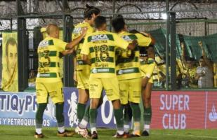 Defensa y Justicia venció 4-2 a Chacarita Juniors por Superliga