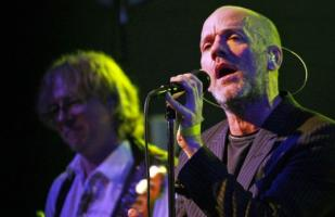 R.E.M. sacará disco doble con sus shows en MTV Unplugged