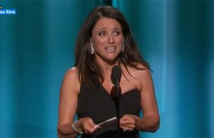 Emmy 2015: Julia Louis Dreyfus y su indirecta a Donald Trump