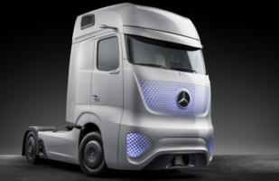 VIDEO: Presentan camión futurista de Mercedes-Benz