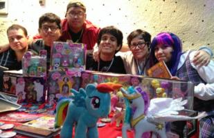 Bronies: la edad no importa para ser fan de 'My Little Pony'