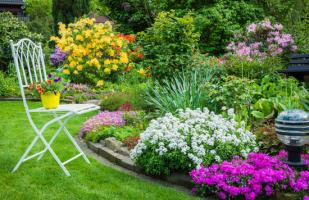DIY: Ideas para llenar de color tu jardín