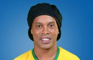 Instagram: Ronaldinho y su fantasiosa jugada en el fútvoley | VIDEO