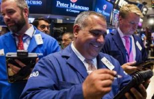 Wall Street abre en terreno mixto y Dow Jones avanza