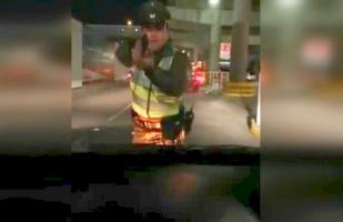 YouTube: Carabinero dispara a chofer de Uber en control de rutina | VIDEO