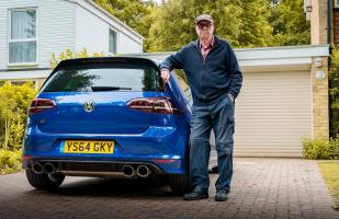 YouTube: Anciano de 75 años conduce un Volkswagen Golf R de 600 HP | VIDEO