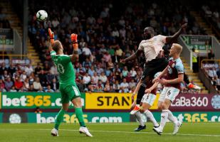 Manchester United vs. Burnley: Lukaku anotó el 1-0 con un certero cabezazo | VIDEO