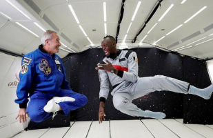 Facebook: Usain Bolt compite en carrera a bordo de vuelo con gravedad cero | VIDEO