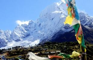 Google Maps te invita a ver de cerca el cambo base del Everest