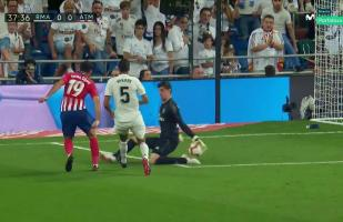 Real Madrid vs. Atlético de Madrid: revive la gran atajada de Courtois a Diego Costa en el derbi | VIDEO