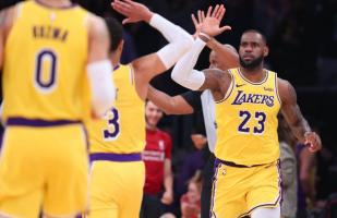 Lakers venció 121-114 a Denver Nuggets en el Staples Center por la NBA
