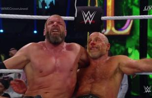 WWE: Triple H & Shawn Michaels vencieron a The Undertaker & Kane en Crown Jewel | VIDEO