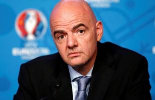 PSG y Manchester City fueron ayudados por Infantino para evadir fair play financiero, según Football Leaks