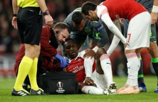 Arsenal vs. Sporting Lisboa: Danny Welbeck se destrozó el tobillo por caer mal [VIDEO]