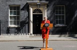 Theresa May encuentra su final, por Jenni Russel