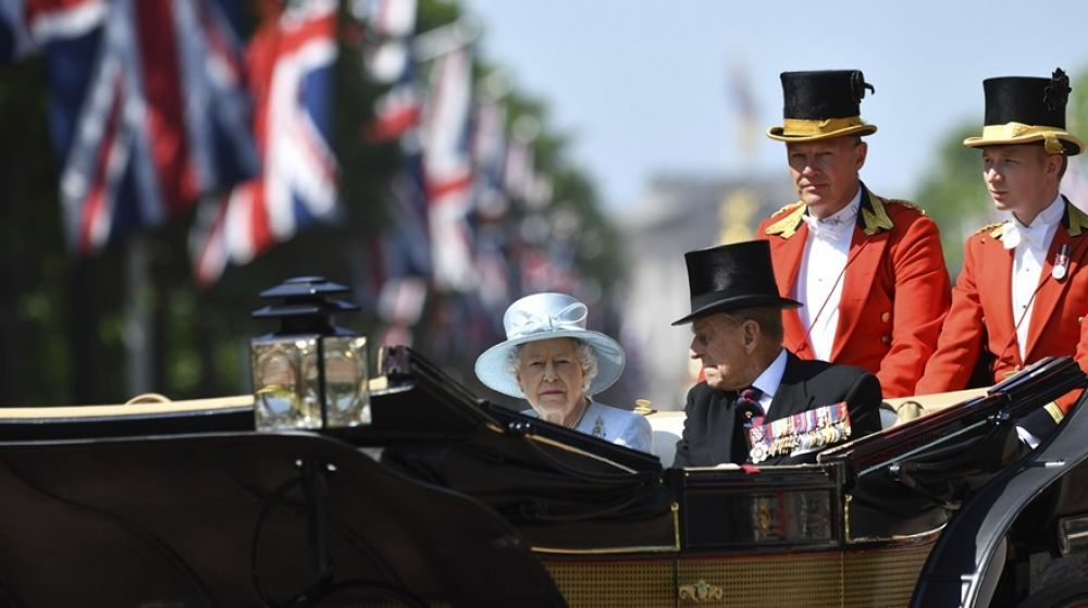 "La reina Isabel II en el ""Trooping the Colour""."