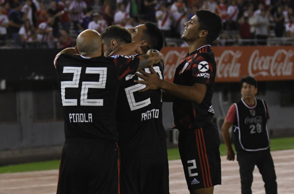 River Plate vs. Newell's Old Boys EN VIVO vía Fox Sports 2: Sigue el minuto a minuto por la Superliga. | Foto: River Plate
