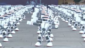 YouTube: 1.000 robots bailarines logran un récord mundial en China [VIDEO]