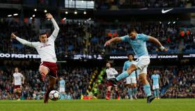 Manchester City goleó 3-0 a Burnley por la Premier League
