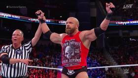 Survivor Series 2017: Triple H le dio el triunfo a Raw con 'pedigree'