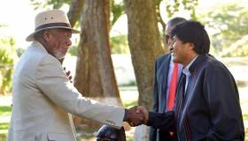 Morgan Freeman visita Bolivia para filmar documental [FOTOS]